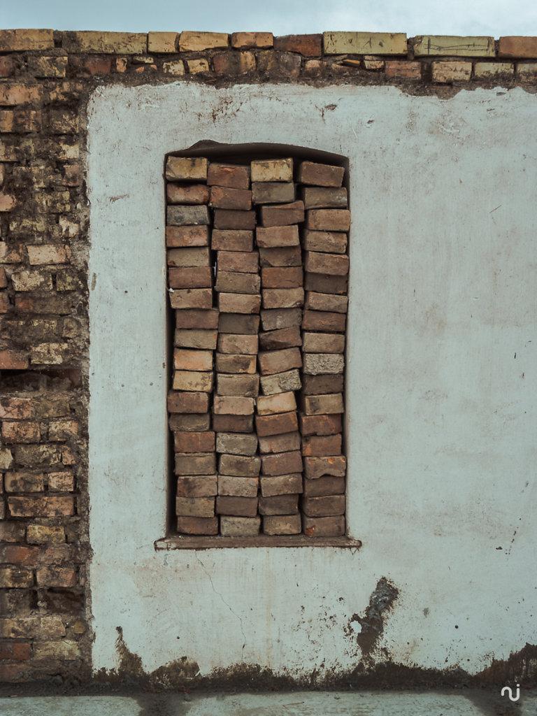 wall-001-2.jpg